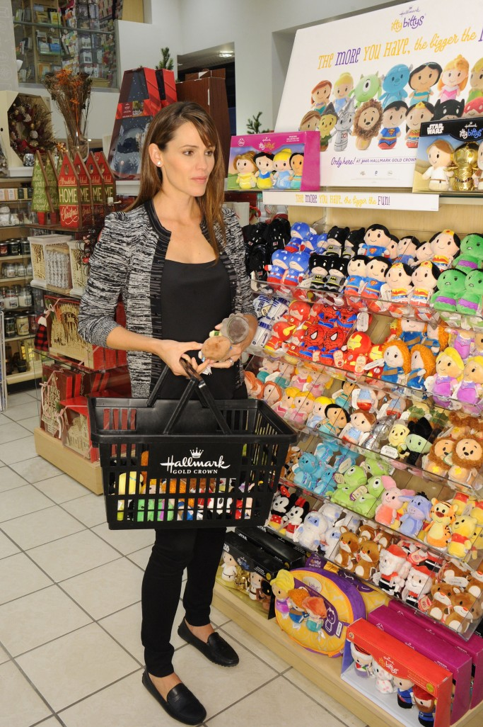 Jennifer Garner picks out her favorite itty bittys at a Hallmark Gold Crown Store in New York City. Photo by Jennifer Graylock-Graylock.com  917-519-7666