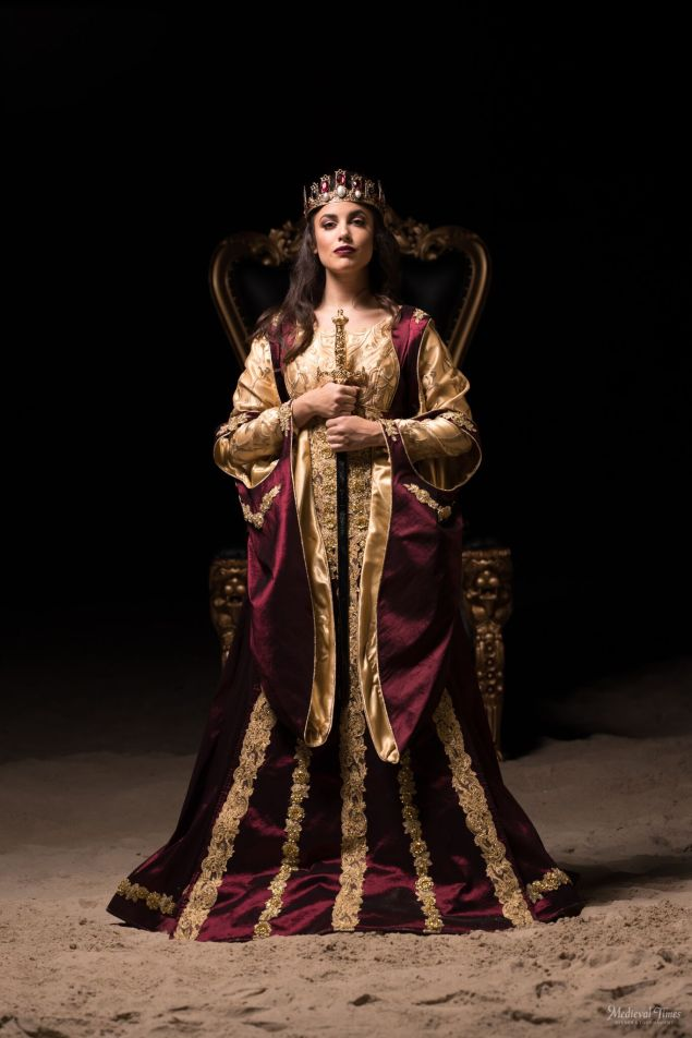 medieval times queen.jpg